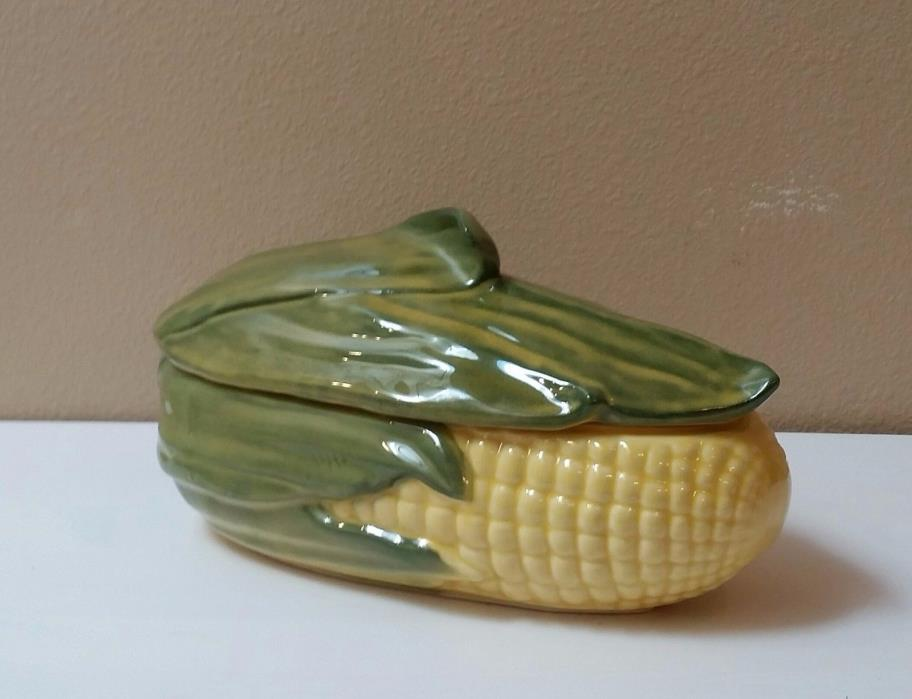 VINTAGE SHAWNEE CORN KING LARGE CASSEROLE DISH WITH LID #74