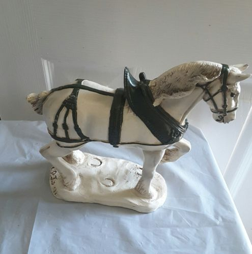 Cedartown Carolers PJ's Clydesdale horse 714 white green saddle signed 1991