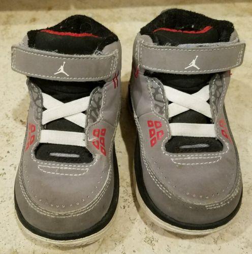 #D7 Baby Toddler Air Jordan II.V Size 6C Shoes Sneakers EUC