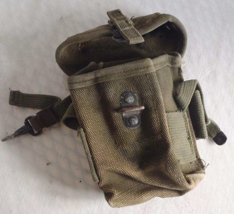 U.S. Army or Marine Corps Vietnam War Ammo Carrier Pouch