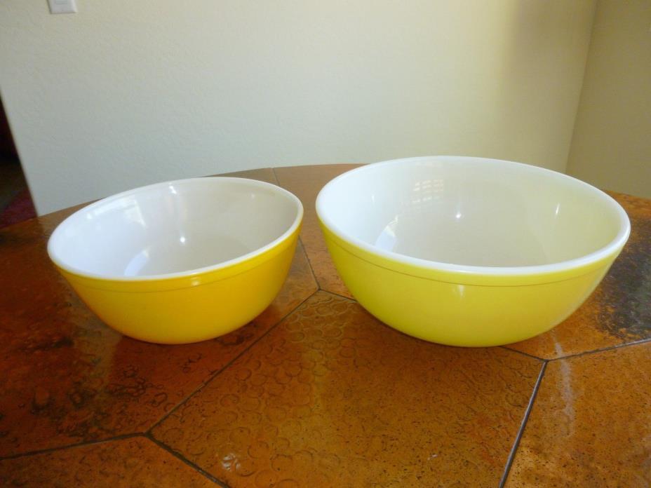Vintage PYREX Mixing/Nesting Bowls-Yellow #404 4Qt & Gold #403 2 1/2 Qt **NICE**