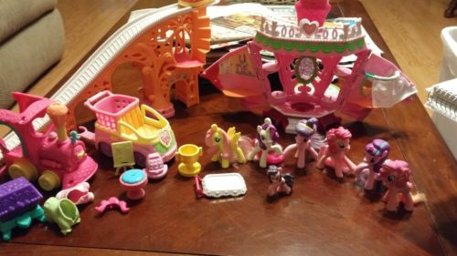 MY LITTLE PONY AMAZING 22PC. LOT! CHECK IT OUT!