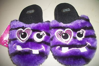 Extremely Me Girl's  M 11 / 12 Purple Monster Slippers  NWT HEART EYES