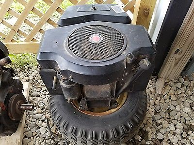 18 HP BRIGGS & STRATTON TWIN CYLINDER ENGINE FROM WHEEL HORSE B165 COMPLETE