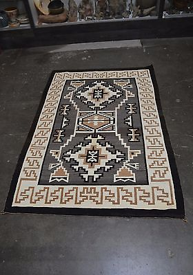 Large Antique Navajo Indian Two Gray Hills rug - Mary Curley 1920