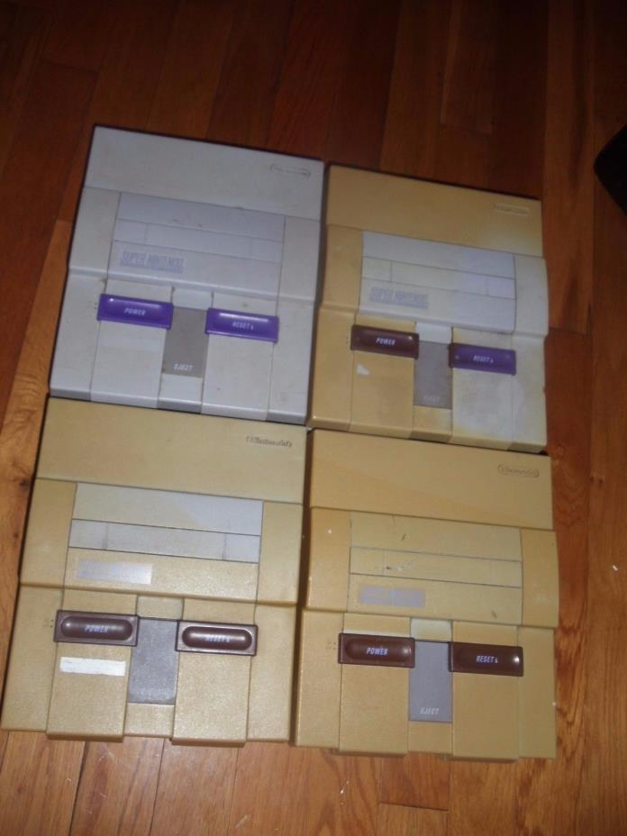 Lot of 4 SNES Super Nintendo Consoles SOLD AS IS BROKEN FOR PARTS Free Shipping