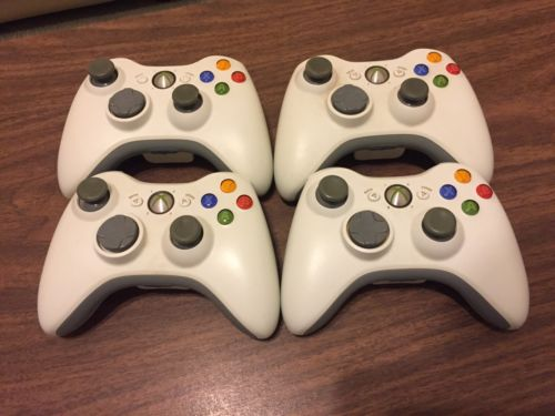 Lot of Four Xbox 360 Wireless Controllers White Video Games OEM Microsoft