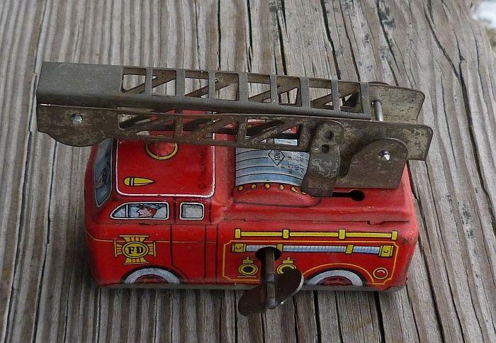 Vintage Wind-UP  Fire Truck Moving Ladder