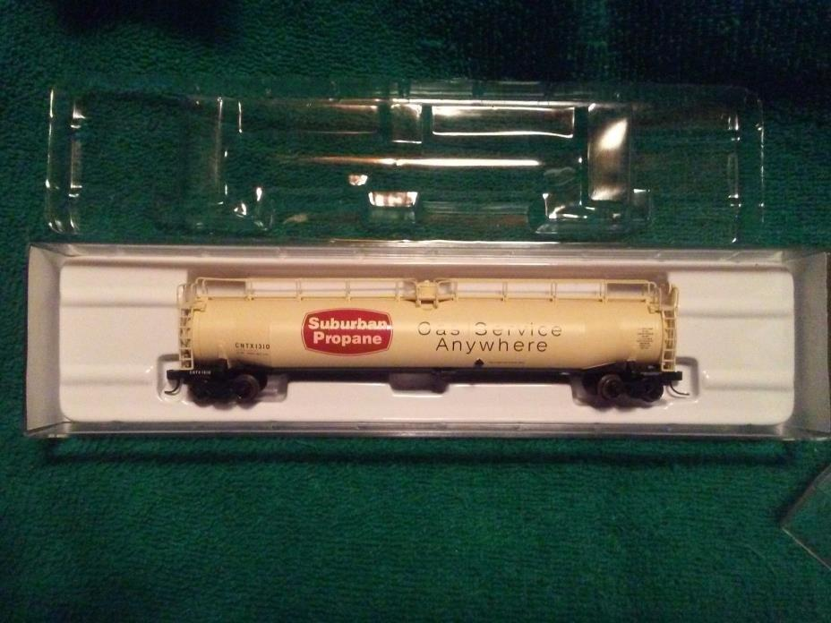 N Scale Atlas 33,000 Gallon Tank Car Suburban Propane CNTX 1310