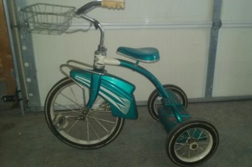 vintage Western Flyer Tricycle..late 1950's....RARE