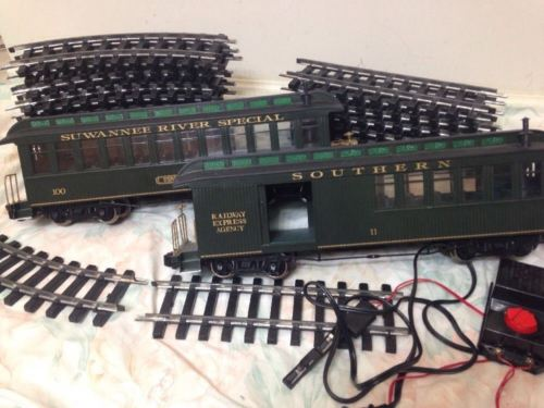 Bachmann Big Haulers Suwannee River Special G Scale Electric Track 2 Cars Green