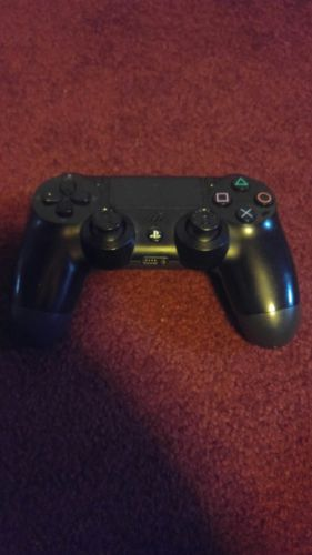 2 PS 4 Controllers for parts not working