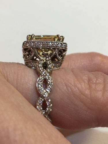HSN Victoria Wieck Canary Yellow Absolute Eternity Band Solitaire Ring Size 6