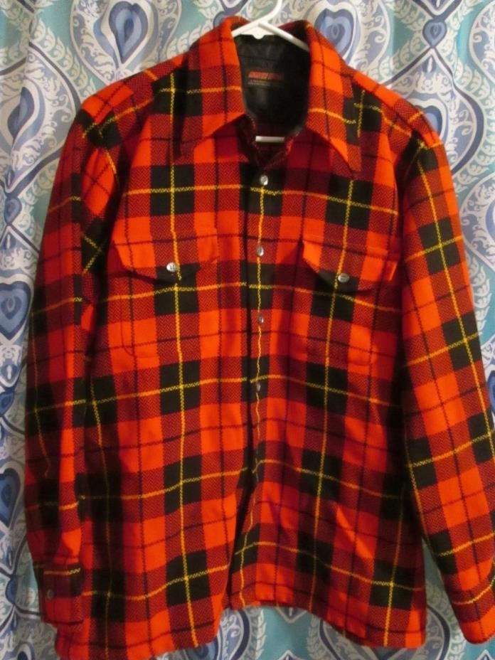 VINTAGE PLAID NORTH TRAIL MEN SHIRT SIZE LARGE/16 1/2 USED/CLEAN