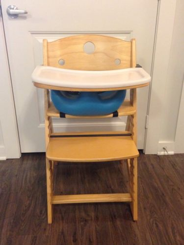 KEEKAROO Height Right Natural Wood High Chair With Infant Insert And Tray