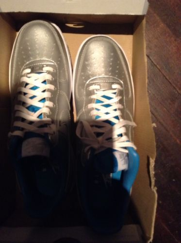womans nike shoes size 10