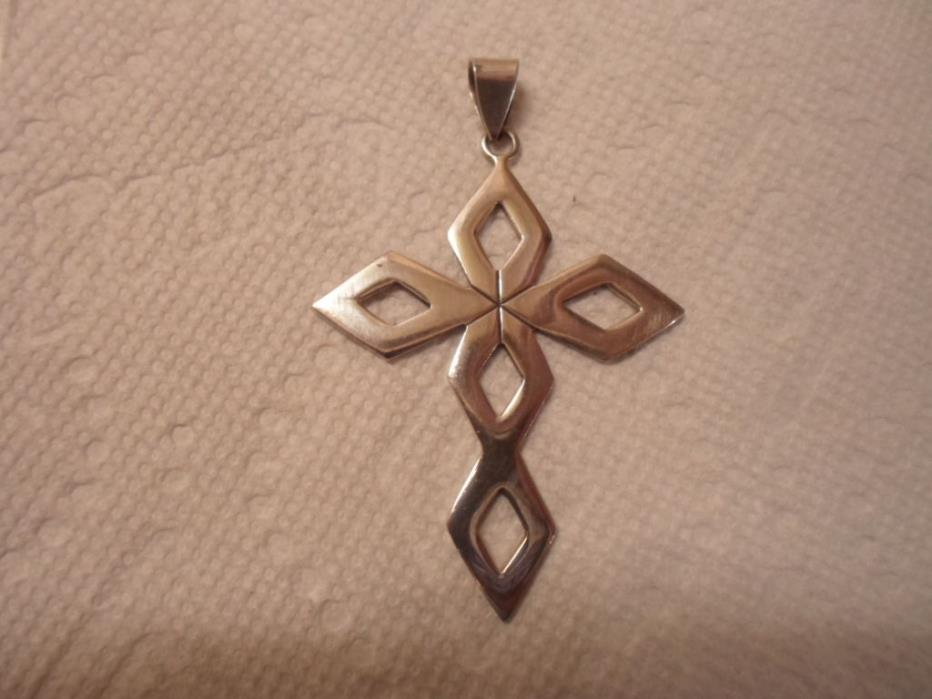 LARGE VINTAGE STERLING SILVER CROSS PENDANT EXCELLENT CONDITION  MEXICO TM-247