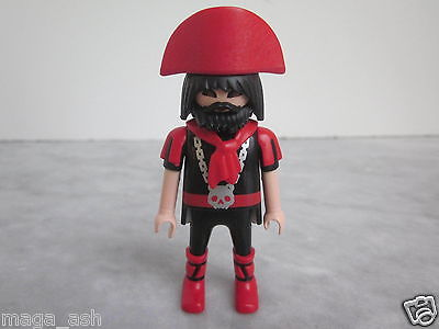 PLAYMOBIL Figure C154 Pirate Red/Black - Scarf and Hat