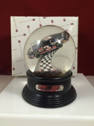 DALE EARNHARDT # 3 WATER GLOBE CHARACTER COLLECTIBLES CAR INSIDE