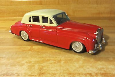 Silver Cloud ROLLS-ROYCE red car white topped convertible Bandai tin friction