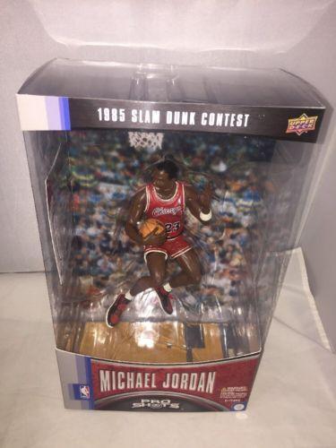 Upper Deck Pro Shots Michael Jordan 1985 SLAM DUNK CONTEST Figure SEALED