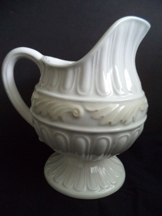 LENOX CHINA BUTLERS PANTRY CREAMER - MILK PITCHER Excellent