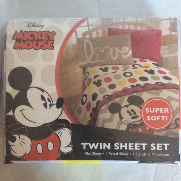 Disney Mickey Mouse Twin Sheet Set