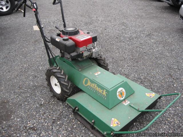 Briggs & Stratton Outback Bush Cutter