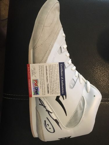 Sugar Ray Leonard Signed Boxing Shoe AUTO Autograph Sz 8.5 PSA/DNA COA HOF