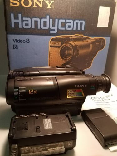 Sony Handycam CCD-TR23 8mm Video8 Camcorder VCR Camera Video Transfer Recorder