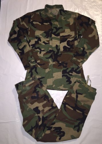 US Military Hot Weather Woodland Combat Camouflage Pattern Set SZ: Small Regular