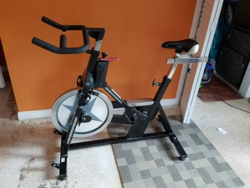 Schwinn IC Pro Spin exercise Bike very low use great condition
