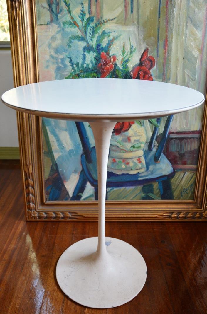 KNOLL Tulip Side Table Round Eero Saarinen Mid Century Modern vintage Authentic!