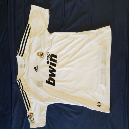 Kaka Real Madrid jersey size Medium