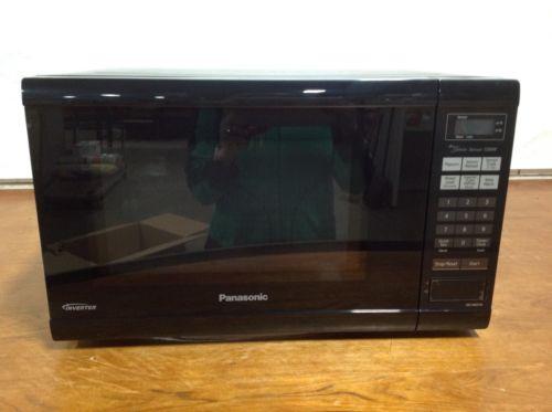 Panasonic NN-SN651BAZ Black 1.2 Cu. Ft Countertop Microwave Oven with Inverter