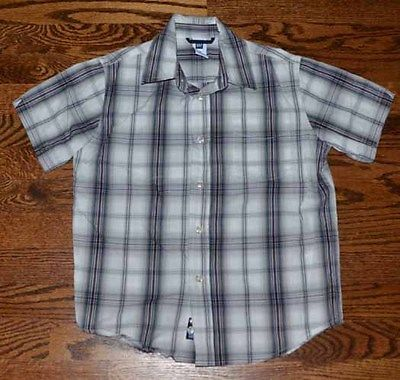 GAP BOYS SIZE S 6/7  BUTTON DOWN PLAID SHORT SLEEVE SHIRT GRAY BLACK RED