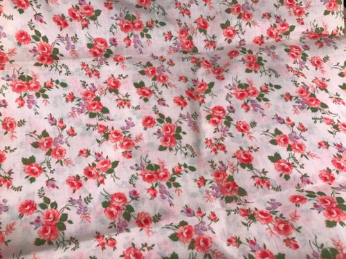 3 YARDS OF ANTIQUE/VINTAGE 1940'S ERA CORAL ROSES PRINT COTTON FABRIC