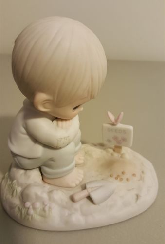 Enesco Precious Moments 1987 Members Only IN HIS TIME Boy Watching Seeds PM872