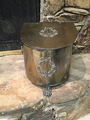 ANTIQUE VINTAGE BRASS SMALL KINDLING COAL HOD SCUTTLE W LINER & LION PAW FEET