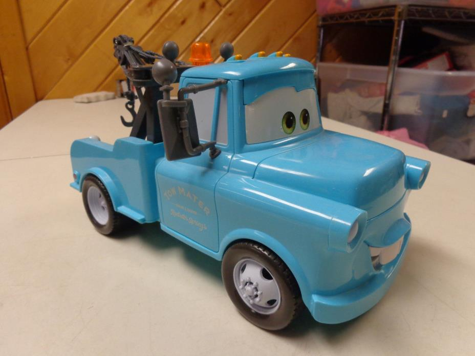 DISNEY CARS MOVIE LARGE SIZE TOW MATER RADIATOR SPRINGS FUN SOUNDS TRUCK  CLEAN