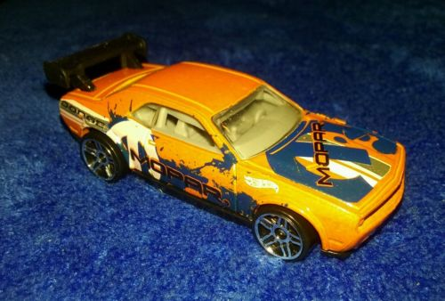 2012 HOT WHEELS ORANGE DRIFT RACE CAR CHALLENGER DODGE MOPAR HW
