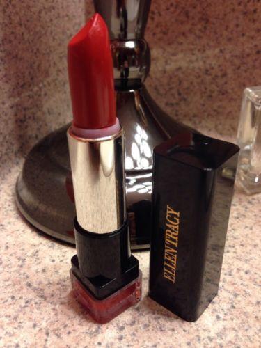 ??#ELLENTRACY Matte #Lipstick #SCARLET ??NEW #elegant #makeup