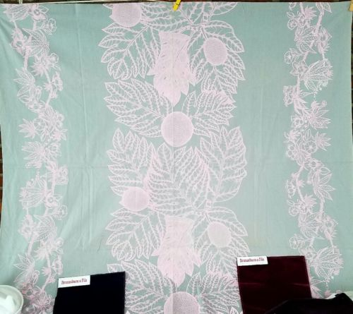 VTG UPHOLSTERY FABRIC COTTON BRUNSCHWIG & FILS BLUE PINK LARGE SCALE print 45x40