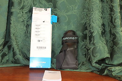 Aircast AirSport Ankle Support Brace, Right Foot, X-Small New Open Box