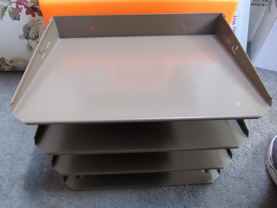 Vintage 4-tier Lit-ning Hunt Mfg. metal desk tray organizer beige color used