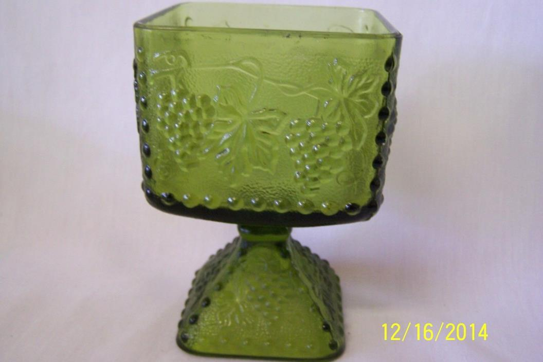 Indiana Glass Green Raised Harvest Grape Design Footed Square Candy Compote Dish