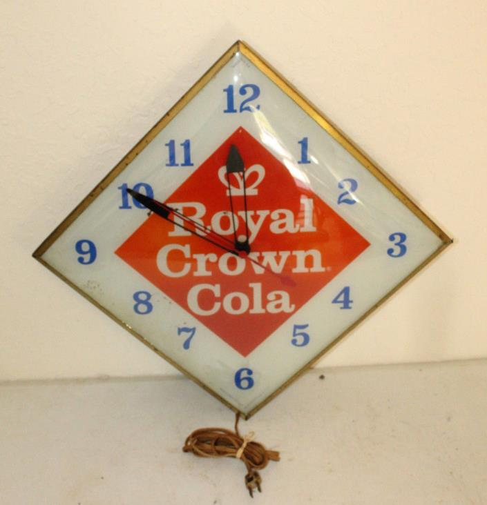 VINTAGE ORIGINAL 1960's ROYAL CROWN COLA PAM CLOCK RUNS EXCELLENT RC COLA SIGN