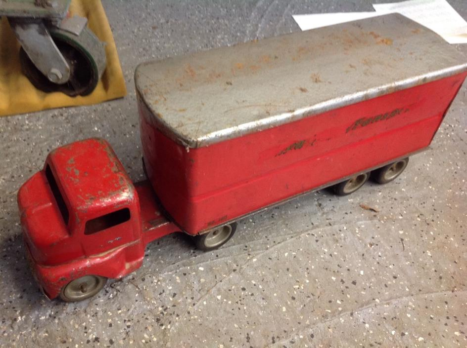 1950s TONKA TOY SEMI TRANSPORT TRUCK