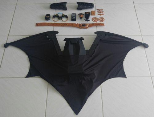 Batman Wayne Tech Mega Cape Bat Wings Plus Accessories