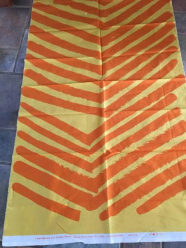 Marimekko SILKKIKUIKKA Cotton Fabric 32